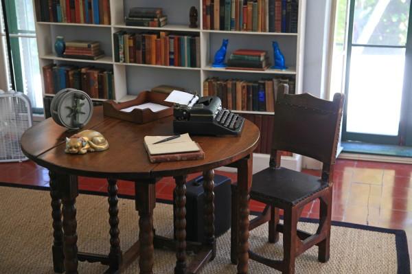 IMG_0788 desk