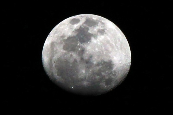 IMG_6613 moon