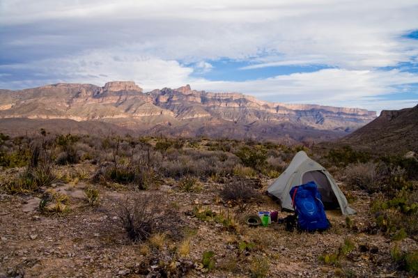 Tent w SdelC
