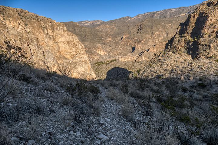P1100504 M Vega Trail