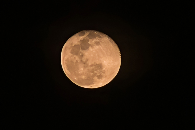 P1100996 moon full