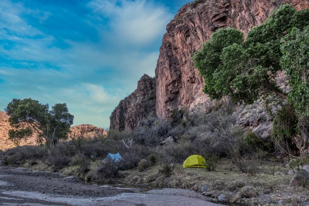 P1110181 tent camp