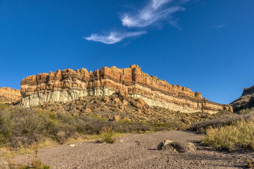 P1110195 canyon layers